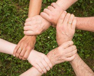 czym jest pomoc społeczna i jej zadania