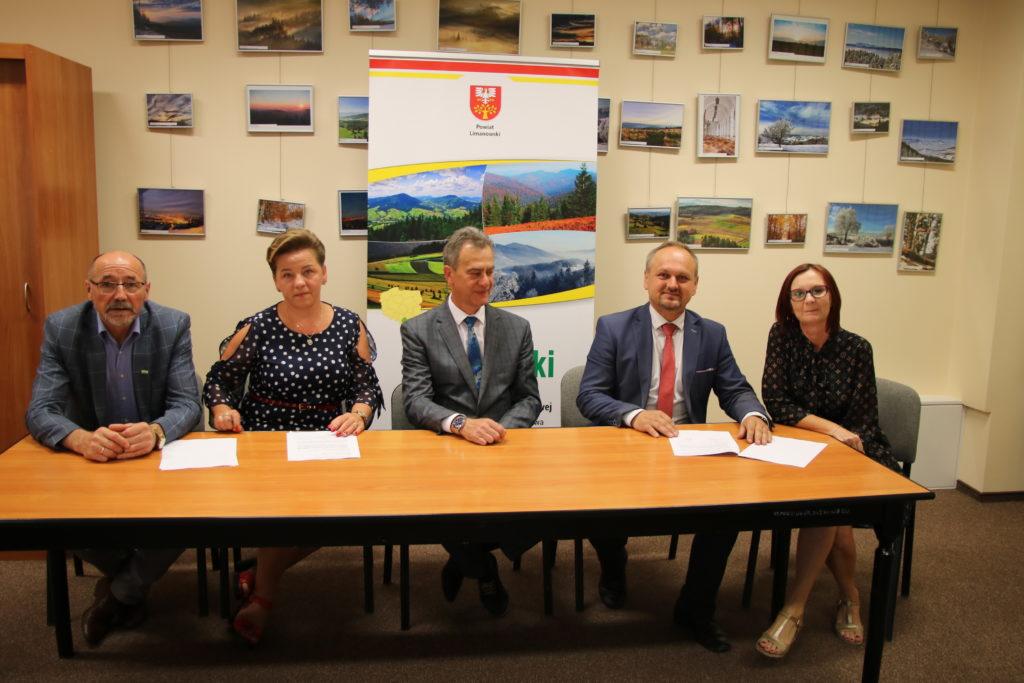 podpisanie umowy z PFRON Gmina Limanowa